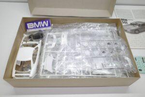 タミヤ レベル Revell 1-24 BMW 850i 絶版品 E31型 エンジン付 フルディスプレイモデル- (7)