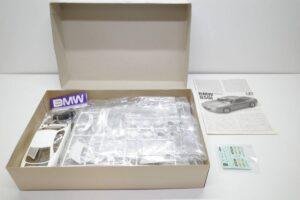 タミヤ レベル Revell 1-24 BMW 850i 絶版品 E31型 エンジン付 フルディスプレイモデル- (9)