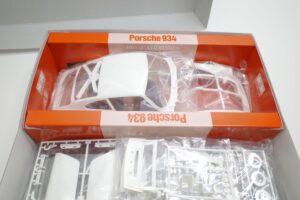 タミヤ 1-12 Porsche ポルシェ 934 イェーガーマイスター (エッチングパーツ付き)- (1 (42)