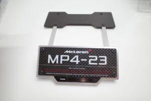 デアゴスティーニ 18 マクラーレン MP4-23 McLaren アクリルケース 付- (118)