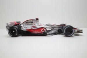 デアゴスティーニ 18 マクラーレン MP4-23 McLaren アクリルケース 付- (35)