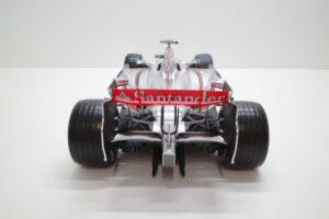 デアゴスティーニ 18 マクラーレン MP4-23 McLaren アクリルケース 付- (50)