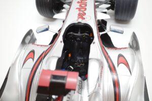 デアゴスティーニ 18 マクラーレン MP4-23 McLaren アクリルケース 付- (69)