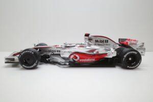 デアゴスティーニ 18 マクラーレン MP4-23 McLaren アクリルケース 付- (7)