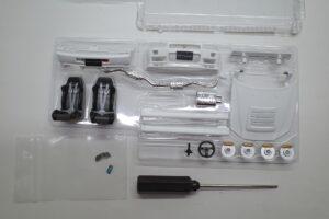 ホットワークス 1-24 日産 スカイライン GT-R V-スペックII 2002 BNR34 ニスモ R-S-tune 白- (17)
