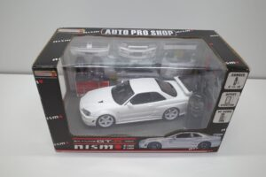 ホットワークス 1-24 日産 スカイライン GT-R V-スペックII 2002 BNR34 ニスモ R-S-tune 白- (37)
