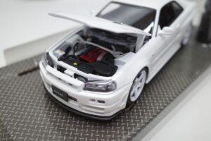 ホットワークス 1-24 日産 スカイライン GT-R V-スペックII 2002 BNR34 ニスモ R-S-tune 白- (6)